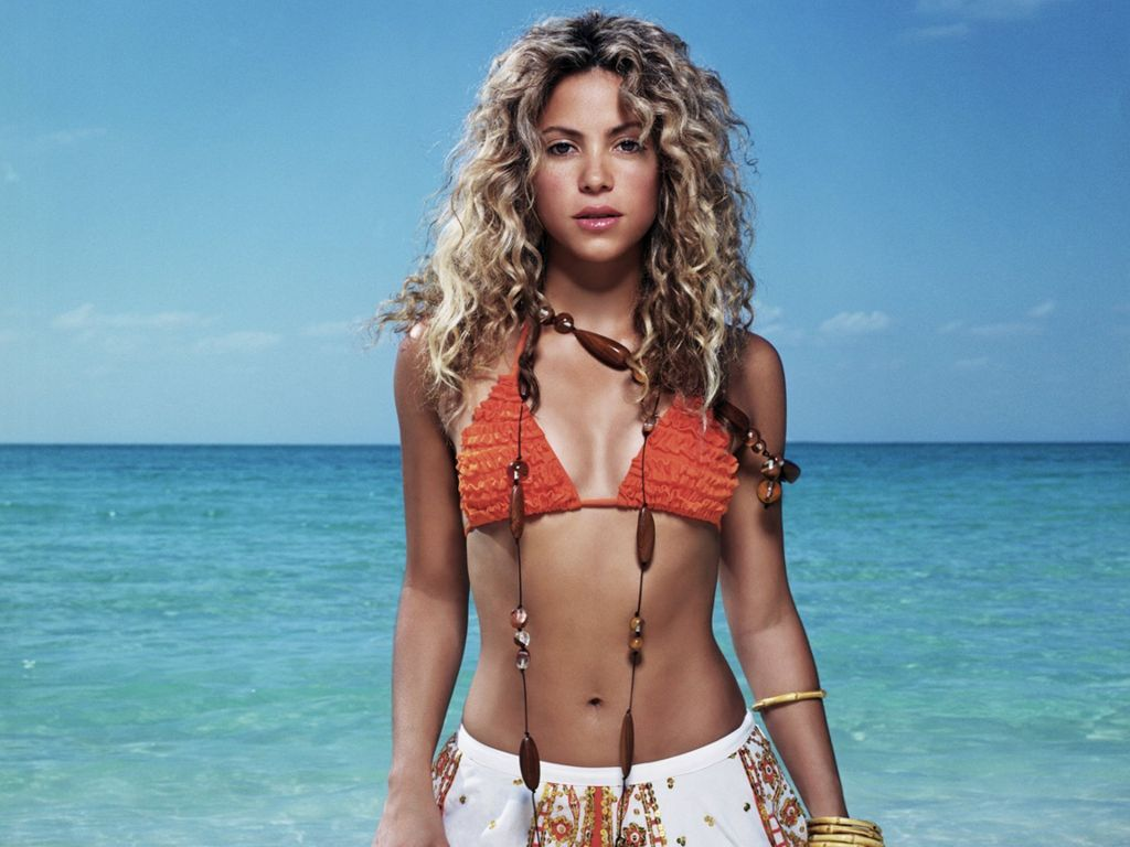 You Shakira hot bikini share your